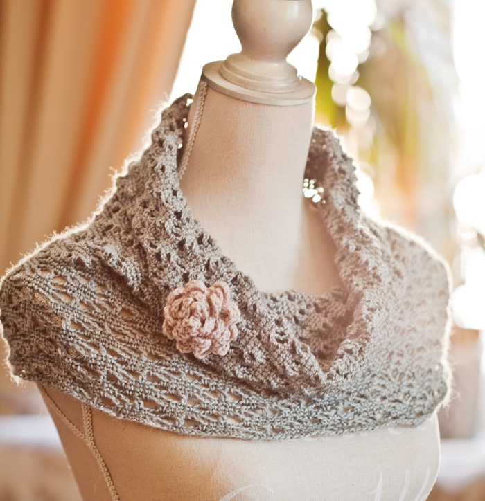New Pattern Lace Cowl Mon Petit Violon
